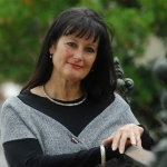 GUEST POST: Glenda Millard and the inspiration behind the Kingdom of Silk